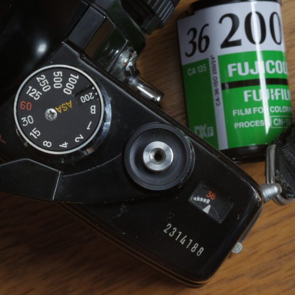 1本のフィルムから1枚でも多く撮る方法 【※かなりセコいです】